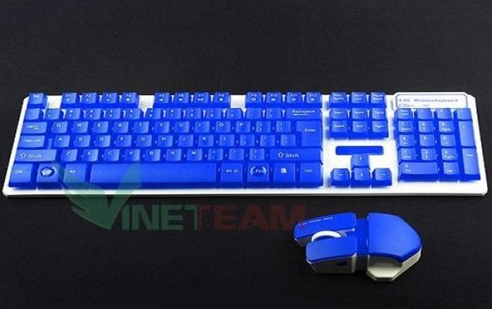phàn phím màu xanh